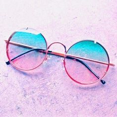 Fashion Tips Ideas .Fashion Tips Ideas Cute Sunglasses, Round Sunglasses, Mirrored Sunglasses, Sunglasses Women, Sunnies, Glasses Frames Trendy, Cool Glasses, Circle Glasses, Glasses Trends