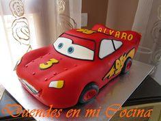 Tarta Rayo Mcqueen Mcqueen Cake, Fiesta Cake, Car Themes, Beautiful Wedding Cakes, Birthday Party Themes, Birthday Ideas, Cake Mold, Cupcake Cakes, Baby Kids