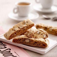 Kotoisaan kahvihetkeen sopii mainiosti maukas italialainen pikkuleipä.