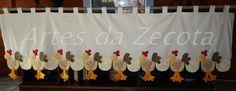 Bandô de galinhas (2,40x0,80) by Artes da Zecota, via Flickr