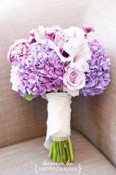 hydrangea, alstroemeria, callas, roses wedding bouquet