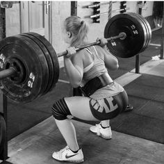 """"""" Now that's a #powerliftinghumpday picture  @matildavilmar  Follow this powerlifting beauty """""""