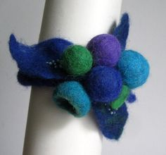 Handmade Felted Bracelet. Beed embroidered $24 #Handmade, #Bracelet, #Wool, #Merino, #Blue, #Green, #Bead embroidering, #Felting Handmade Accessories, Margarita, Felting, Jewelery, Blue Green, Crochet Necklace, Wool, Beads, Bracelets