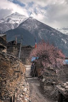 Village of Pisang on the Annapurna Circuit, #Nepal