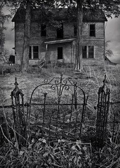 This must have been a Grand House in its day. Love the fence, wish I had seen it when it was new.