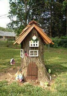 our gnome house from a tree stump fairies pinterest zwergen haus baumst mpfe und gnome. Black Bedroom Furniture Sets. Home Design Ideas