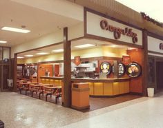 1970s Orange Julius restaurant