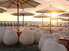 I love the beanbags! Great for a #beach #wedding #reception - www.beachbumvacation.com
