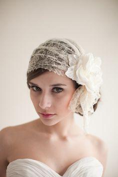 Chantilly Lace Bridal Cap, Juliet Cap, Lace Bridal Veil, Art Deco Inspired, 1920's - Francesca  MADE TO ORDER