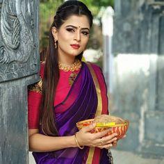 South Indian Bride Saree, New Blouse Designs, Saree Dress, Saree Blouse, Saree Photoshoot, Indian Jewellery Design, Most Beautiful Indian Actress, Indian Beauty Saree, Beautiful Women