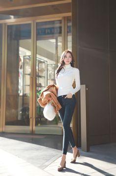 Korean Women`s Fashion Shopping Mall, Styleonme. Asian Fashion, Fashion Photo, Girl Fashion, Fashion Outfits, Womens Fashion, Fashion Trends, Business Mode, Business Fashion, Fashion To Figure