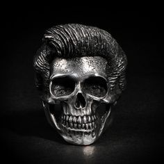 """#skull # ring #skullring #fourspeed #fourspeedmetalwerks #pewter #handmade This is """"Pompaskull"""" a skull ring based on lead free pewter that made by Fourspeed Metalwerks, a top class brand that have worked with well-known musicians, artists and professional athletes."""