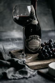 When looking for a fine wine to give as a gift to that special person on your list, you may want to consider giving a vintage wine. Vintage Wine, Vintage Props, Wine Cheese, Cheese Food, Dark Food Photography, Wine Guide, French Wine, Prop Styling, In Vino Veritas