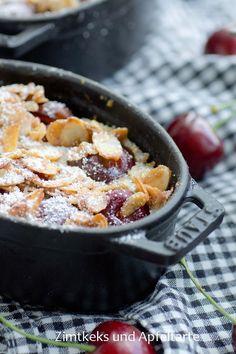 So ein Kirsch-Clafoutis ist doch echtes Soulfood, der passt immer, ob als Dessert, süßes Hauptgericht oder auch mal zum Frühstück!