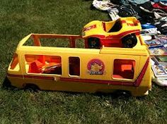 Barbie 1976 motor Home and Dune Buggy