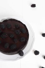 sabrinasue: keep calm and party with blackberry oreo chocolate tart