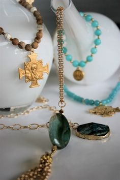 TSG Baton Rouge: Stunning Holiday Jewelry at the Foyer
