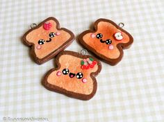 Cute Kawaii toast charms        http://kawaii-cute-handmade.blogspot.nl/    http://www.rilakkumashop.nl/