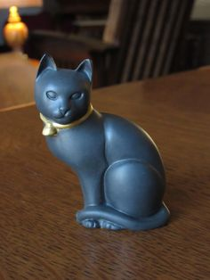 Vintage 1988 Black Basalt Porcelain Cat w/ Paperwork, Franklin Mint, Curio Cabinet Cats Collection, Cat Lovers Gift, Collectible Figurines by BarefootAndCivil on Etsy