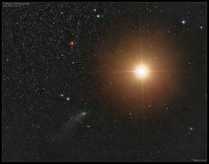 Ieri sera, la cometa accarezza Marte / Comet Siding Spring Passes Mars