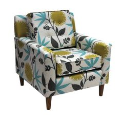 been looking forever for a new armchair with a bold print to stand out in our living room...and it's on sale!