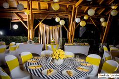 Amarillo - lineas blanco y negro Decoración de grado fiesta Bodas Cali Colombia Victoria Bodas y Eventos  301 4258981