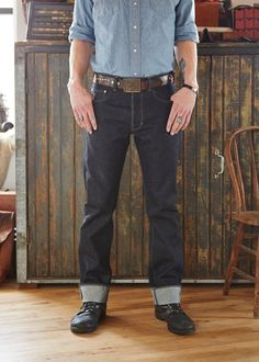 Nice combo raw denim, belt and boots.