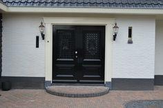 Restyling van woonhuis - dubbele voordeur
