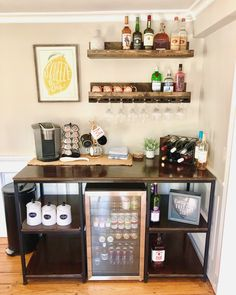 Wine And Coffee Bar, Coffee Bars In Kitchen, Coffee Bar Home, New Kitchen, Kitchen Decor, Coffee Bar Station, Home Coffee Stations, Coffee With Alcohol, Alcohol Bar