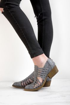 Coconuts by Matisse: The Woody Bootie in Charcoal