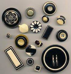 Black and cream celluloid and galalith buttons
