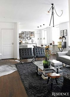 Amazing Barcelona Chairs, Coffee Table. Needs A Little Color Though. Masculine Living  RoomsBarcelona ... Part 27
