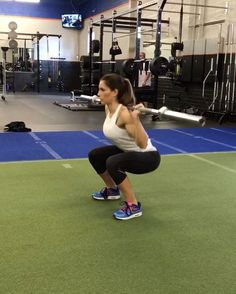 """10.1k Likes, 209 Comments - Alexia Clark (@alexia_clark) on Instagram: """"Barbell 🍑 Burn 1. 15 reps each 2. 60 seconds 3. 15 reps 4. 10 each side 5. 60 seconds 3…"""""""