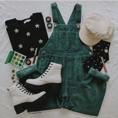 Teen Fashion Outfits, Retro Outfits, Cute Casual Outfits, Vintage Outfits, Aesthetic Fashion, Aesthetic Clothes, Mode Vintage, Character Outfits, Look Cool