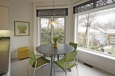 Always hand over painting jobs to trusted painting companies: Interior painters Toronto. Click here http://modern-solutions.ca/interior-painting/