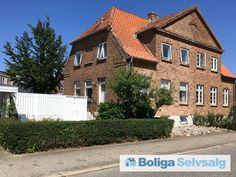 6.Julivej 49, 7000 Fredericia - Superhyggeligt og velholdt hus med masser af plads kan nu købes! #villa #dobbelthus #fredericia #selvsalg #boligsalg #boligdk