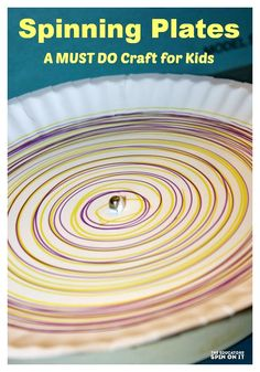 Spinning Plates – Your kids are going to have such a good time with this fun DIY craft. It's a paper plate on a record player – super easy! Crafts To Do, Crafts For Kids, Marker Crafts, Art Classroom, Future Classroom, Plate Crafts, Camping Crafts, Preschool Crafts, Preschool Ideas