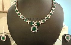 Jewellery Designs: Simple Yet Attractive Diamond Necklace