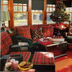 I love tartan plaid! I have a lot of plaid in my fall and winter wardrobe and I have a lot a madras in my spring and summer wardrobe. Tartan Decor, Tartan Plaid, Plaid Sofa, Black Plaid, Tartan Weihnachten, Tartan Christmas, Christmas Room, Christmas Interiors, Cozy Christmas