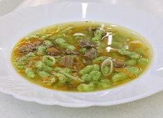 Hovädzí vývar s pertžlenovými haluškami Guacamole, Thai Red Curry, Soup Recipes, Mashed Potatoes, Ale, Food And Drink, Yummy Food, Baking, Ethnic Recipes
