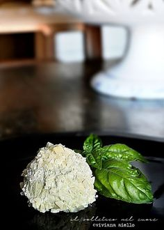 gelato al basilico Parmigiano Reggiano, Coconut Flakes, Granite, Spices, Food, Spice, Granite Counters, Essen, Meals