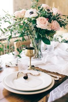 London Winter Inspiration at Castle Gibson's MC Motors Wedding Places, Wedding Locations, Wedding Venues, Wedding Ideas, Floral Centerpieces, Table Centerpieces, Grey Winter Wedding, Cork Place Cards, London Winter