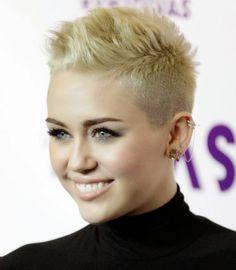 Farb-und Stilberatung mit www.farben-reich.com - miley cyrus short platinum blonde hair pixie mohawk 2013