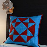 Zboží prodejce Pixels / Zboží | Fler.cz Throw Pillows, Home, Design, Scrappy Quilts, Cushions, House, Decorative Pillows, Decor Pillows, Homes