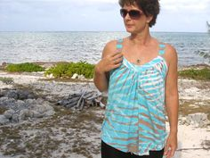 Free sewing pattern - Summer Drape Top - So Sew Easy. I have been looking for something just like this. Hooray!