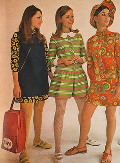 Here, for your viewing enjoyment, are pages from the February 1968 issue of 'TEEN magazine. Get ready for lots of smiling birds in bright colors and far-out fashions. 60s And 70s Fashion, 70s Inspired Fashion, Teen Fashion, Retro Fashion, Vintage Fashion, 70s Women Fashion, Lauren Hutton, Twiggy, Patti Hansen