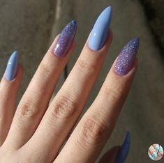 In look for some nail designs and some ideas for your nails? Here is our list of must-try coffin acrylic nails for cool women. Best Acrylic Nails, Acrylic Nail Designs, Stylish Nails, Trendy Nails, Hair And Nails, My Nails, Glitter Nails, Grow Nails, Nail Manicure