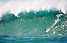 Vincent Lartizen, Belharra Reef Basque Country : photo Greg Rabejac/Billabong XXL