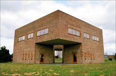 Erwin Heerich   Biblioteca y archivo   Museo Insel Hombroich   Neuss; Alemania   1999-2000