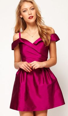 I absolutely adore this off the shoulder look. Such a fun party dress (or bridesmaid dress) it comes in black too!